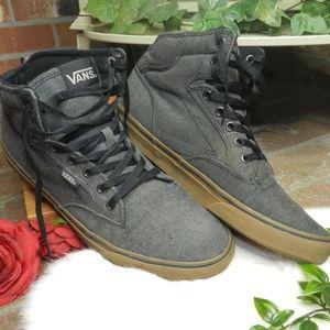 VAns OTW atwood Gum sole padded mens skate shoes